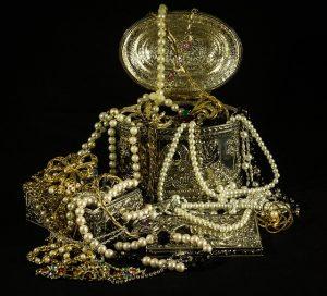 Letité šperky mohou mít obrovskou historickou i peněžní hodnotu.