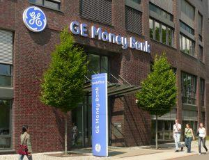 GE Money Bank se chystá k prodeji svých akcií na pražské burze.
