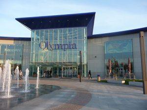 Největší loňskou transakcí byl prodej nákupního centra Olympia.