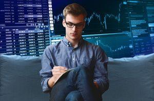 Akcie mohou při dostatečně širokém diverzifikovaném portfoliu ochránit úspory před inflací.