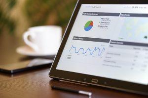Technická analýza je důležitým nástrojem v oblasti obchodování pro každého investora.