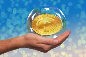 Kvůli rychlému růstu bitcoinu se začali jeho tvůrci přít a hrozí reálné rozdělení na dvě měny.