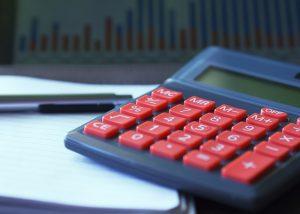 Obliba životního pojištění kvůli nové legislativě stále klesá.