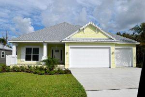 Nový dům na hypotéku si může dovolit čím dál méně lidí.