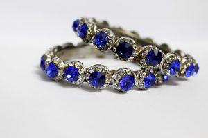 Šperk ozdobí, potěší a v budoucnu může mít několikanásobnou hodnotu. Ideální dárek.