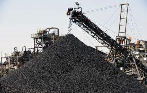 Kvůli snižujícím se cenám uhlí krachují velké americké uhelné doly.