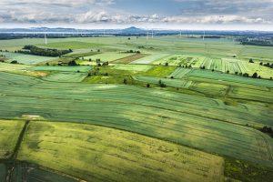 Zemědělská půda se prodraží. Za hektar zaplatíte nejvíc za posledních několik let.